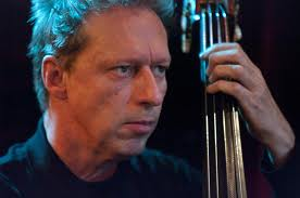 Ernst Glerum (double bass)